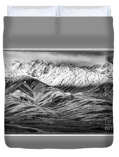 Polychrome Mountain, Denali National Park, Alaska, Bw Duvet Cover