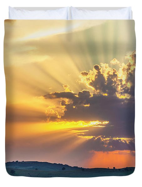 Powerful Sunbeams Duvet Cover