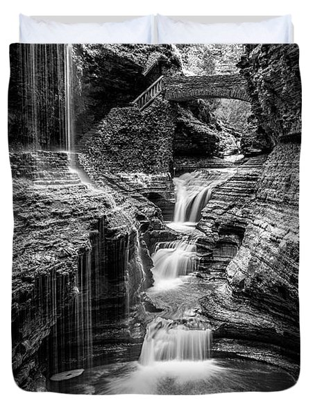 Rainbow Falls Gorge - Watkins Glen Duvet Cover