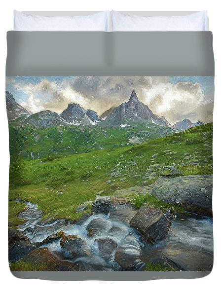 Range In The Claree Valley II Duvet Cover