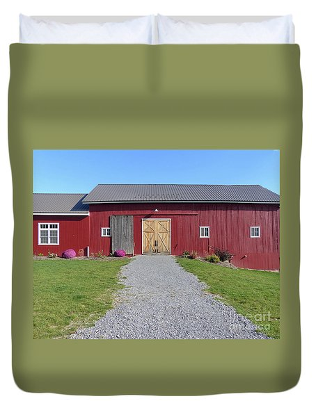 Duvet Cover featuring the photograph Red Barn by Rosanne Licciardi