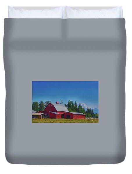 Red Barn With Mount Rainier Duvet Cover