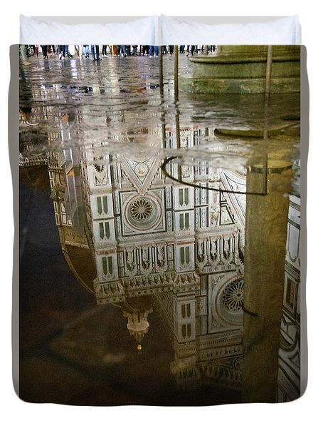 Reflections El Duomo The Florence Italy Cathedral Duvet Cover