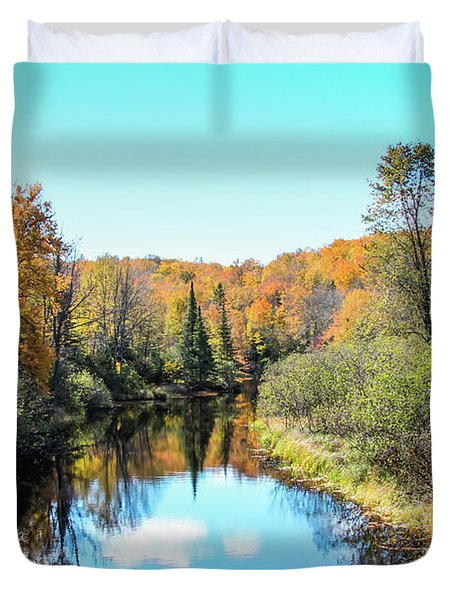 Reflections Of Fall In Wisconsin Duvet Cover