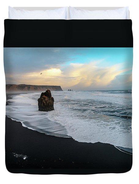 Reynisfjara Beach At Sunset Duvet Cover