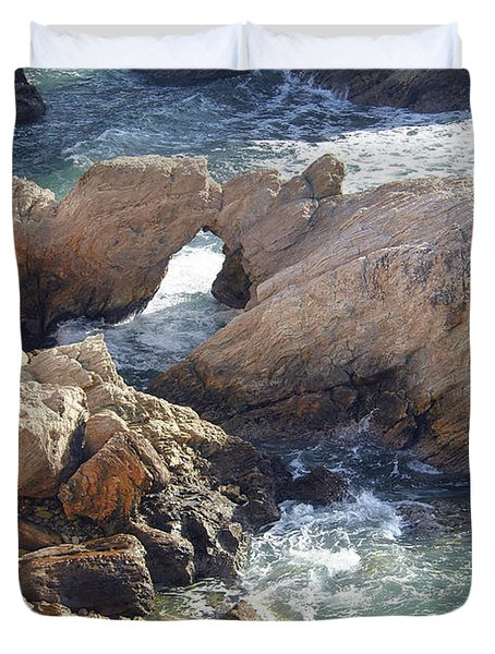 Rocks At Montana De Oro Duvet Cover