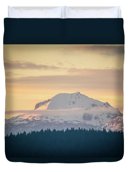 Rocky Cathedrals That Reach To The Sky Duvet Cover