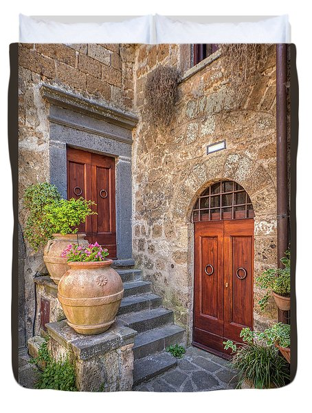 Romantic Courtyard Of Tuscany Duvet Cover