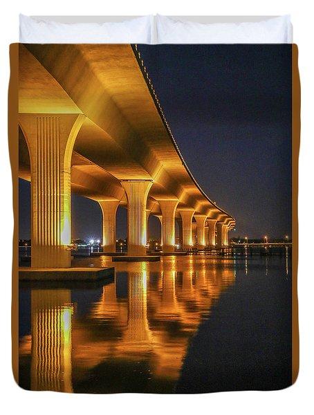 Roosevelt Bridge Portrait Duvet Cover