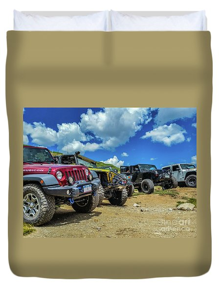 Row Of Jeeps Duvet Cover