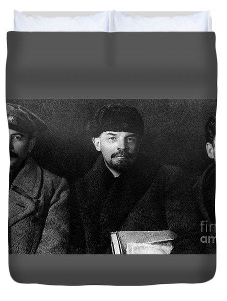 Russian Revolutionaries Leaders Josef Stalin, Vladimir Lenin And Mikhail Kalinin In 1919 Duvet Cover