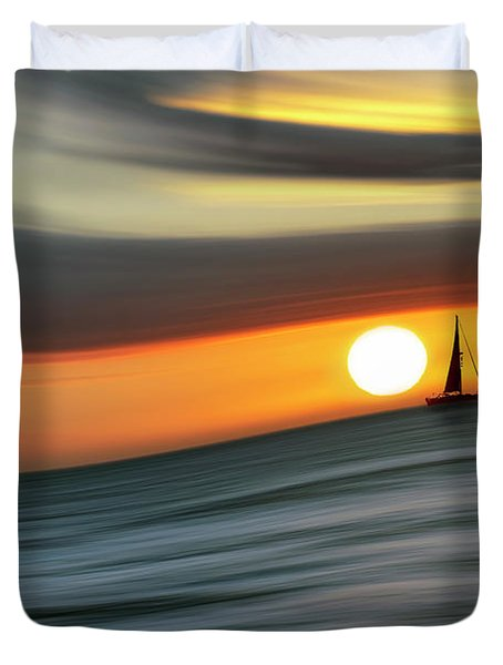 Sailing To The Sunset Duvet Cover