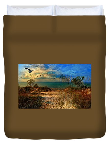 Sand Track To The Ocean At Dusk Duvet Cover