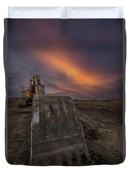 Duvet Cover featuring the photograph Scoop by Aaron J Groen