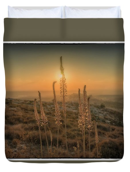 Sea Squills At Sunset Duvet Cover