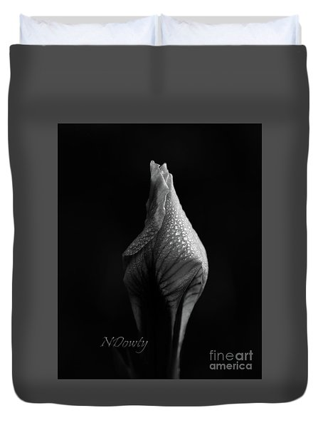 Shadow On Siberian Iris Duvet Cover