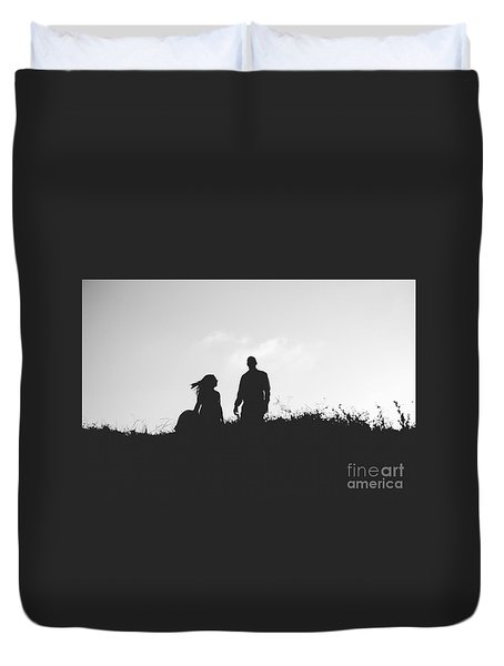 Silhouette Of Couple In Love With Wedding Couple On Top Of A Hil Duvet Cover