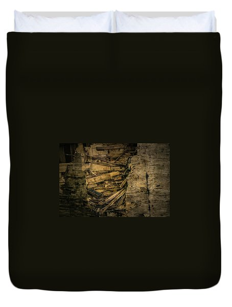 Smashed Wooden Wall Duvet Cover