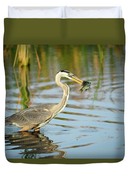 Snack Time For Blue Heron Duvet Cover