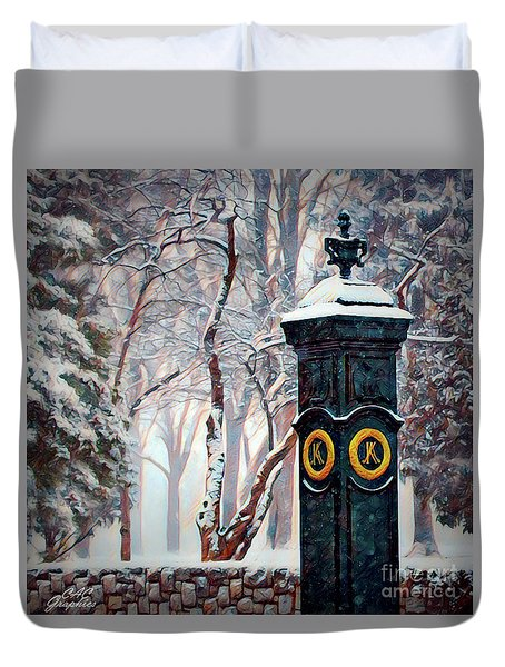 Snowy Keeneland Duvet Cover
