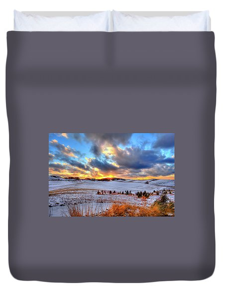 Duvet Cover featuring the photograph Snowy Sunset by David Patterson