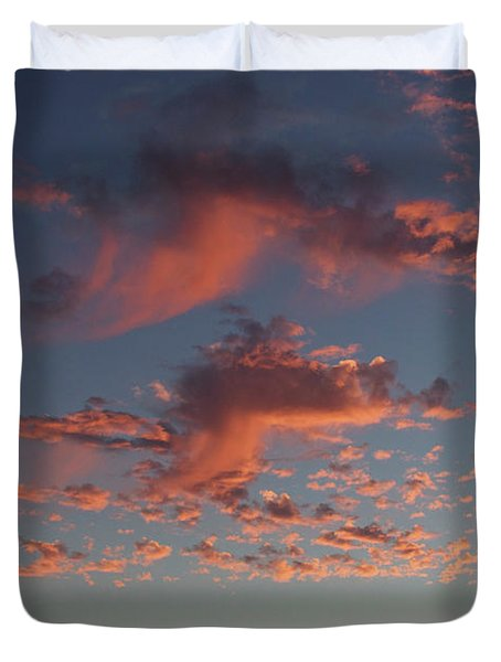 Space Needle And Pink Clouds Duvet Cover