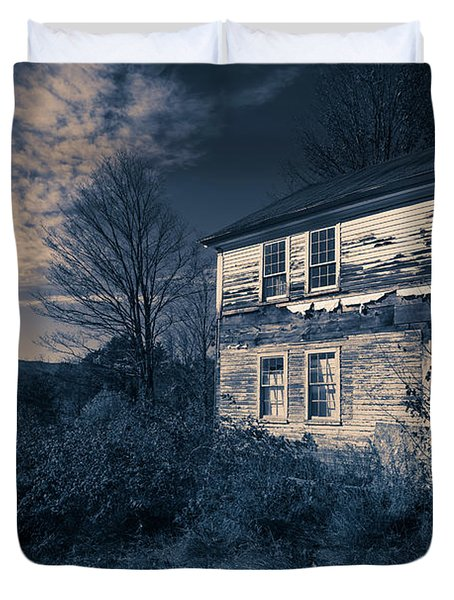Spooky Abandoned Haunted House Duvet Cover