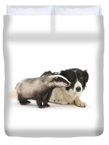 Duvet Cover featuring the photograph Stop Badgering Me by Warren Photographic