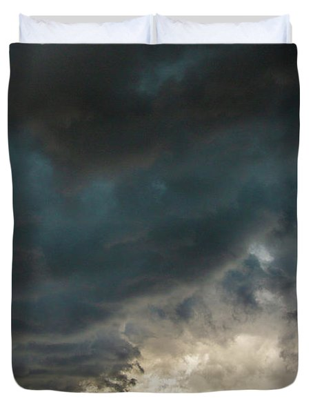 Storm Chasin In Nader Alley 012 Duvet Cover