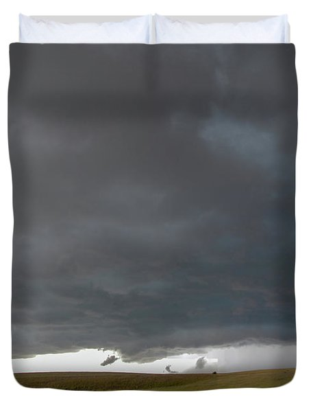 Storm Chasin In Nader Alley 016 Duvet Cover