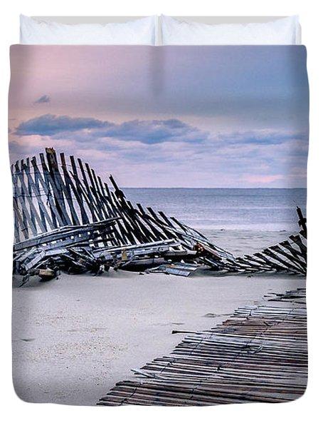 Storm Fence Sunrise Duvet Cover