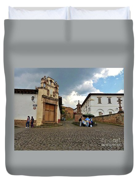 Duvet Cover featuring the photograph Street Vendor by Rosanne Licciardi