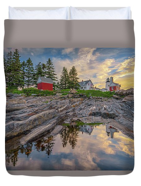 Summer Morning At Pemaquid Point Lighthouse Duvet Cover
