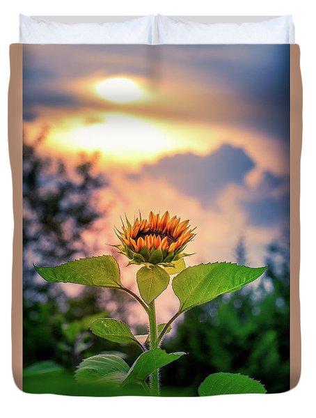Sunflower Opening To The Light Duvet Cover