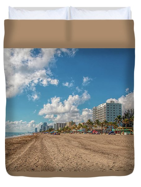 Sunny Day At Hollywood Beach Duvet Cover
