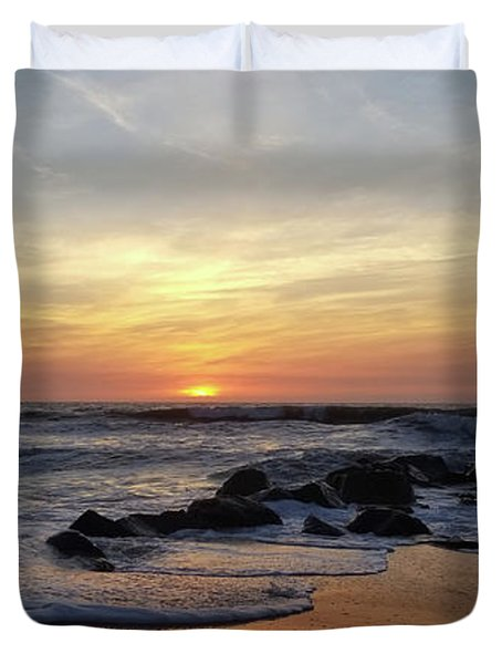 Sunrise At The 15th St Jetty Duvet Cover