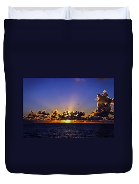 Duvet Cover featuring the photograph Sunset In The Bahamas by Dawn Richards