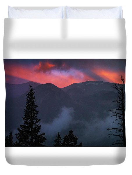 Sunset Storms Over The Rockies Duvet Cover