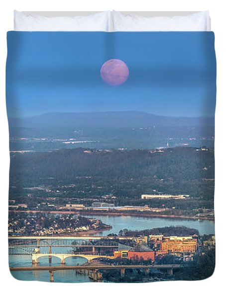 Super Moon Over Chattanooga Duvet Cover
