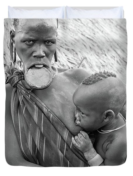 Mursi Mother And Child Duvet Cover