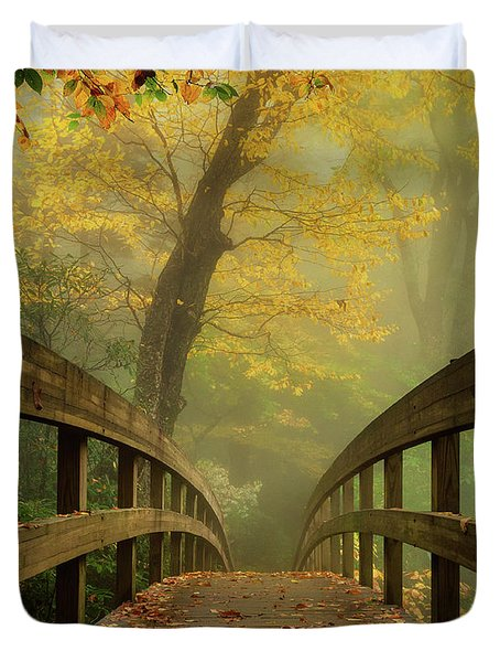 Tanawha Trail Blue Ridge Parkway - Foggy Autumn Duvet Cover
