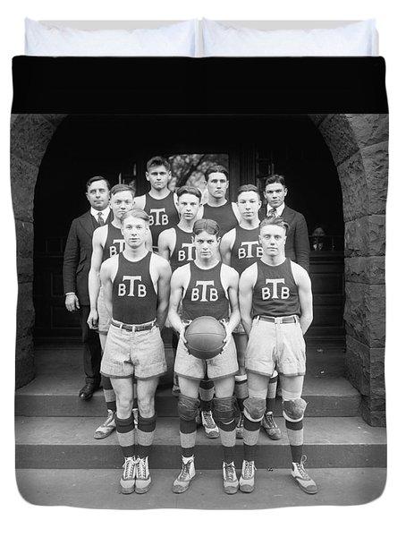 Tech High Baseketball Team  1920 Duvet Cover