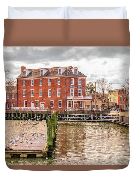 Duvet Cover featuring the photograph The Central Hotel - Delaware City by Kristia Adams
