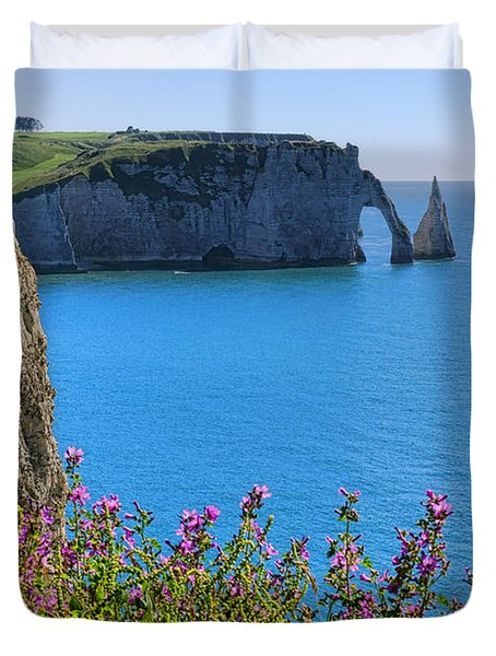 The Cliffs Of Etretat Duvet Cover