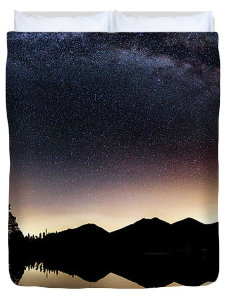 The Great Curve Duvet Cover