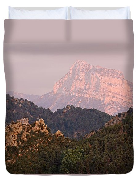 Duvet Cover featuring the photograph The Last Of The Light At Pena Montanesa by Stephen Taylor