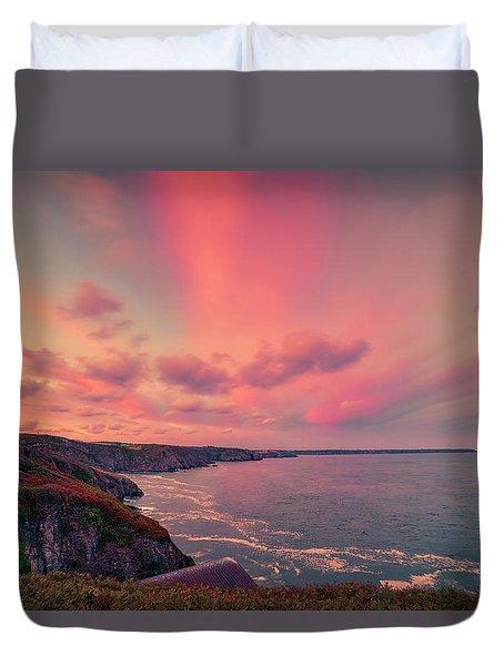 The Lizard Point Sunset Duvet Cover