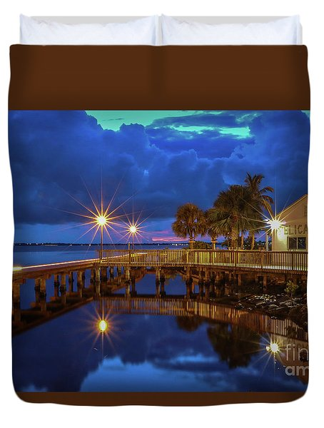 Duvet Cover featuring the photograph The Pelican At Night by Tom Claud