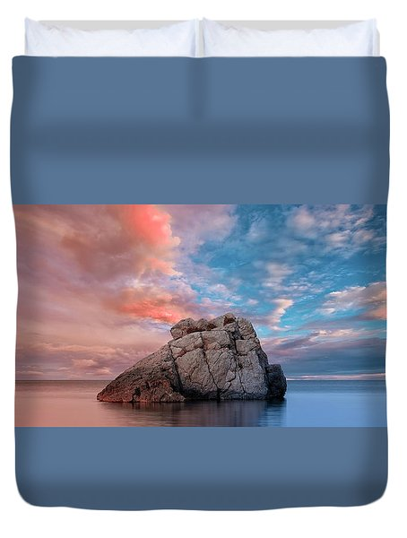The Rock And The Sea Duvet Cover
