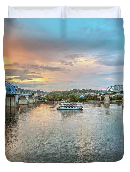 The Southern Belle Between The Bridges  Duvet Cover